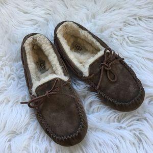 UGG Dakota Brown Suede  Slippers Miccassins
